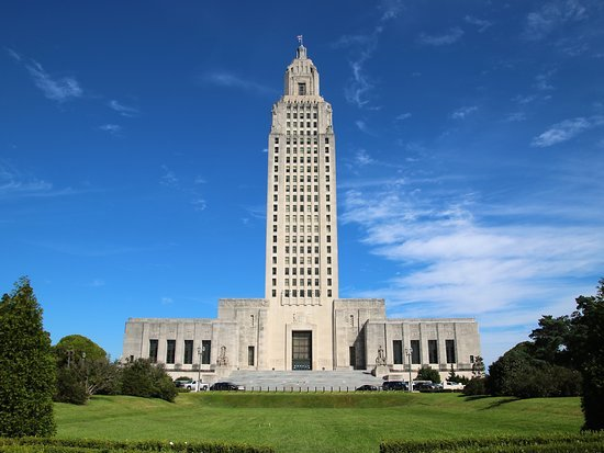 louisiana capitol building in front of blue sky